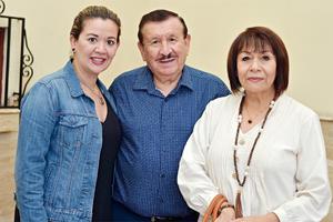 10102016 Mariana, Luis y Mary.
