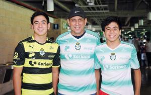 10102016 Diego, Héctor y André.