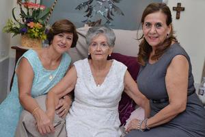 09102016 Laura, Brunhilda y Rosario.