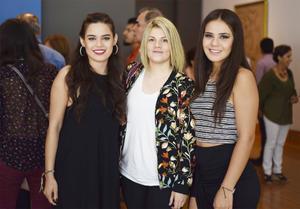 11102016 Valeria, Ale y Sofía.