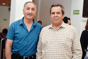 11102016 EN EL TEATRO.  Jorge y Enrique.