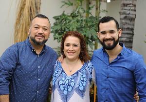 12102016 Paco, Lily y Joel.