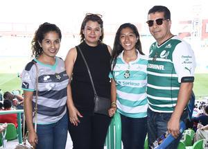12102016 Luisa, Maricela, Marcela y José Luis.