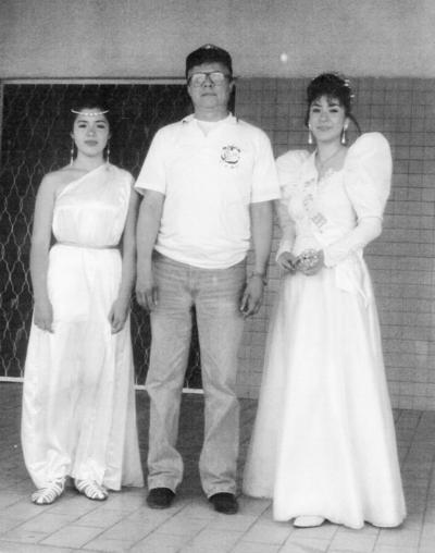 02102016 Minerva López Mazuca, princesa de PVC; Melchor Rodríguez Mena y Araceli I en el Desfile Alegórico de la Primavera el 21 de marzo de 1992.