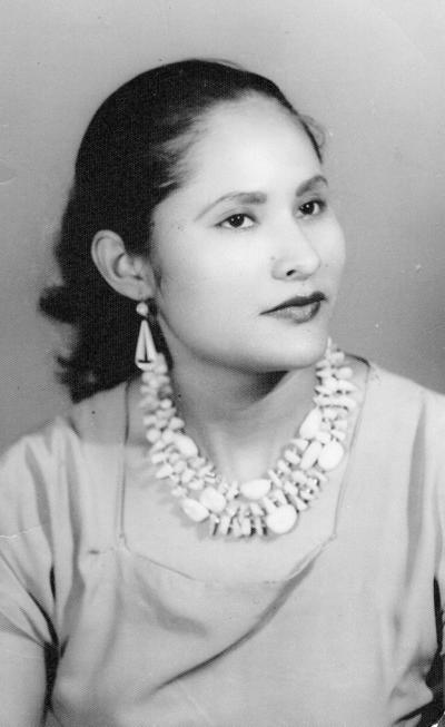 09102016 Elvira Robali Medina, originaria de Asientos, Aguascalientes, lagunera por adopción con 73 años a la fecha.