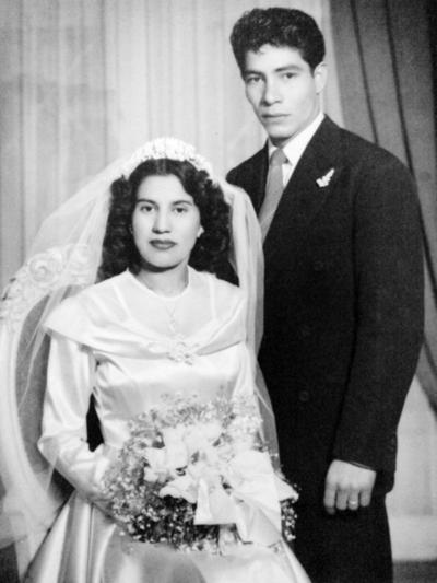 09102016 Josefina caballero y Teodoro Ramírez en su boda.