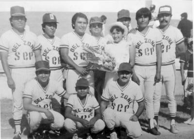 09102016 Equipo de Softball participante en la Liga Magisterial Secc. 35 del S.N.T.E. hace algunos años.
