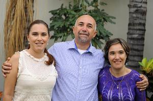 Cecilia, Ricardo y Karla