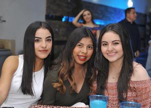 Luz, Daniela y Kenia
