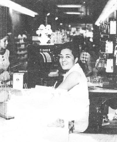 16102016 Marina Sifuentes en París en 1978.