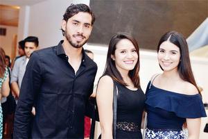 22102016 EN CAMERATA.  Joel, María y Ana Sofía.