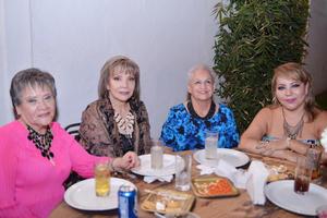 22102016 Susana, Martha, Toñeta y Victoria.