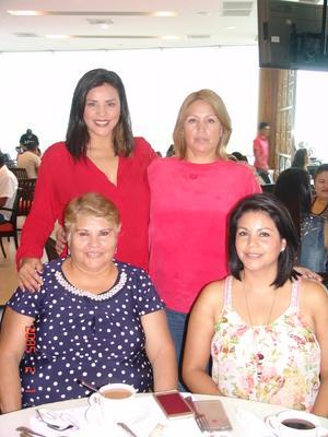 22102016 CELEBRAN.  Cynthia, Daniela, Aracely y Pao.
