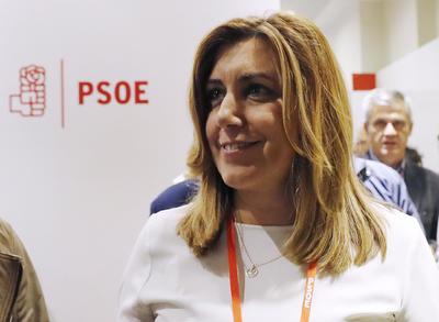 MADRID.- La presidenta de la Junta de Andalucía, Susana Díaz, tras la reunión hoy del Comité Federal del PSOE, que ha acordado, con una amplia holgura, abstenerse en la segunda votación de investidura de Mariano Rajoy, lo que supondrá poner fin a diez meses de bloqueo en la formación de Gobierno. EFE