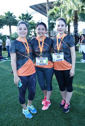 24102016 Lily, Mafer y Daniela.