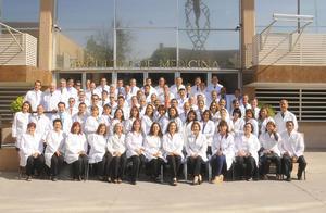 24102016 LA FOTO DEL RECUERDO.  XXXII aniversario de la generación XXIII de la Facultad de Medicina.
