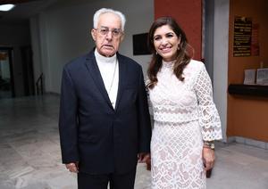 24102016 EN EXPO.  José Guadalupe Galván y Sofía G. Camil.