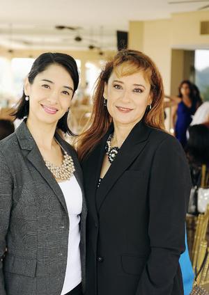 24102016 Karla y Rosa Delia.