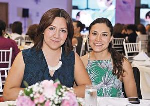 26102016 Rosy Gordillo y Alejandra Sánchez.