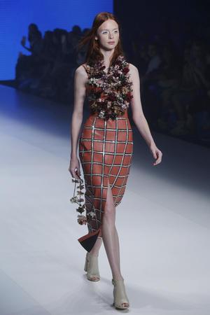 26102016 La diseñadora Patricia Viera concentra sus creaciones de formas femeninas y sensuales.