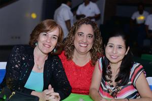 27102016 María Teresa, Claudia y Imelda.