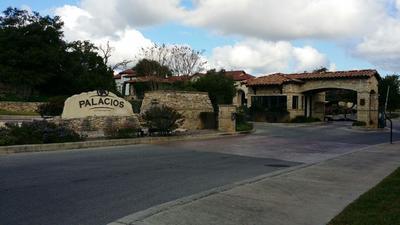 La propiedad se localiza en una zona residencial de acceso restringido.