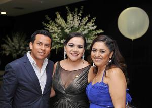 28102016 Tony Medina, Elizabeth Palacios y Fabiola Iduñate.