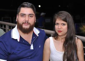 28102016 EN PAREJA.  Carlos y Lucy.
