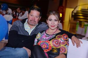 28102016 NOCHE DE CARNAVAL.  Eduardo y Evelyn
