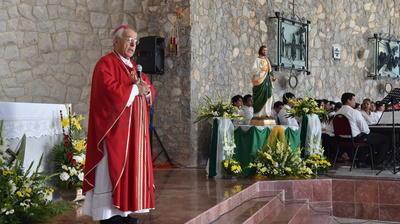 La misa fue presidida por el obispo de Torreón.