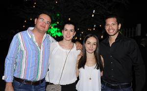 Chava, Gaby, Naty y Héctor