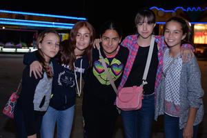 Alejandra, Daniela, Maryjose, Marla y Anafer