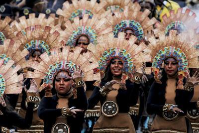 """El desfile fue dividido en tres segmentos: """"Viaje al Mictlán"""", """"La Muerte Niña"""" y """"Pal´ Panteón"""