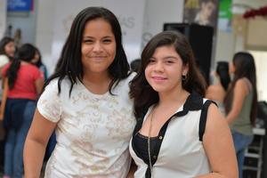 30102016 Lydia y Vanessa.