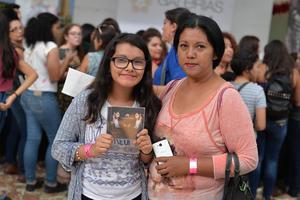 30102016 María Fernanda y Bertha Alicia.