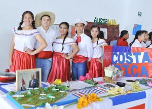 31102016 Mariana, Alejandro, Nahomi, Esteban y Marcela.