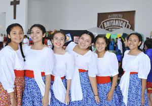31102016 Rosaura, Carolina, Adriana, Ruth, Mariana y Jatziry.