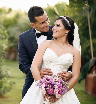 27112016 Rafael Escalante Guerrero e Hypatia Acevedo Múñoz llegaron al altar el 17 de noviembre.