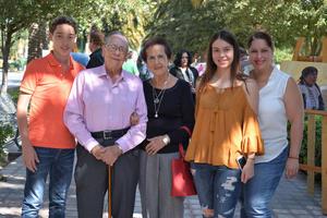 01112016 María Fernanda, Ximena y Bárbara.