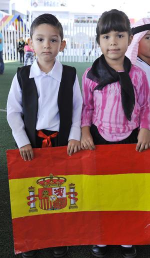 02112016 COMPAñERITOS.  Mateo y Cristina.