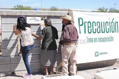 Los deudos se toparon con nuevas restricciones en el cementerio.