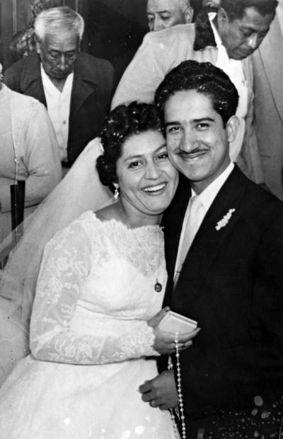 06112016 Srita. Socorro Huitrado Bustamante y Roberto Alonso Márquez contrajeron matrimonio el 10 de noviembre de 1956.