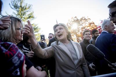 """La aspirante a la Casa Blanca dijo que """"tantas personas confían en el resultado de esta elección, lo que significa para nuestro país, si gano, haré lo mejor que pueda""""."""