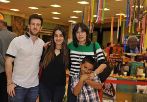 08112016 Ale, Lorena, Magdalena y Luis.