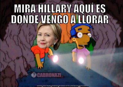 Hillary por supuesto, ha sido una de las más atacadas con los memes.
