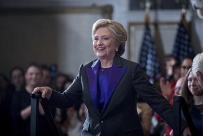 La excandidata habló con la prensa y sus seguidores.