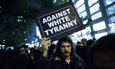 Miles de manifestantes se reunieron en ciudades como Los Ángeles, Nueva York y Chicago.