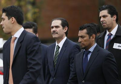 El exgobernador de Sonora, Guillermo Padrés Elías, permanecerá en el área de ingresos del Reclusorio Oriente al menos durante seis días en lo que el juez Décimo Segundo de Distrito de Procesos Penales define su situación jurídica.