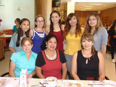 10112016 Cumpleaños de Nancy Arellano.