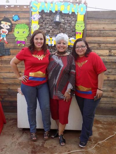 10112016 Gaby, Cuquis y Marlene.
